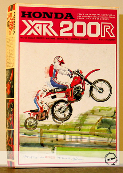 BANDAI 1/12 HONDA XR200 DIRT BIKE