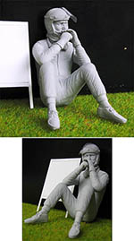 GF MODELS 1/20 60'S DRIVER FIGURE WAITING SEATED IN GRAS