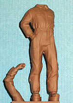 IMMENSE 1/24 TAZIO NUVOLARI STANDING FIGURE (no head)